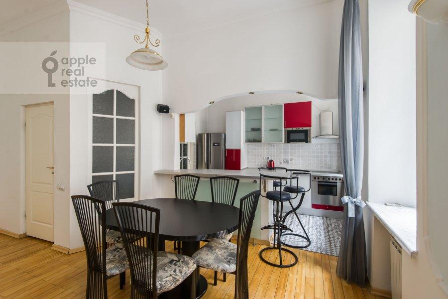 Кухня в 3-комнатной квартире по адресу Гоголевский бульвар 23