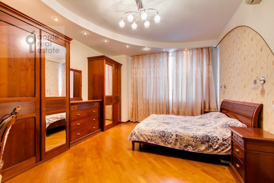 Спальня в 4-комнатной квартире по адресу Шаболовка 23к3