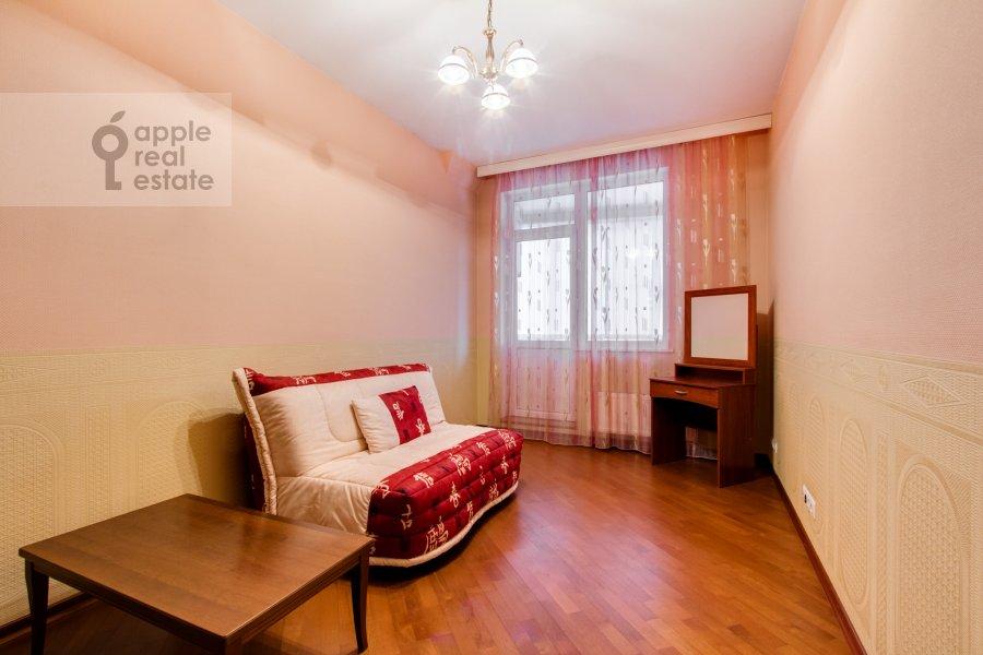 Детская комната / Кабинет в 4-комнатной квартире по адресу Шаболовка 23к3