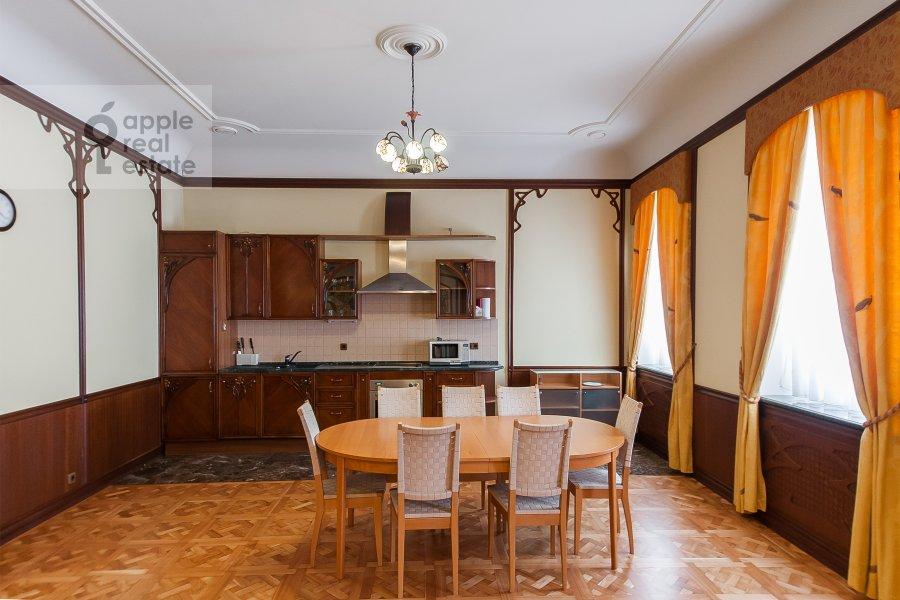 Кухня в 2-комнатной квартире по адресу Молчановка Малая ул. 4