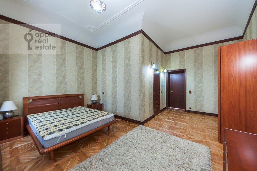 Спальня в 2-комнатной квартире по адресу Молчановка Малая ул. 4