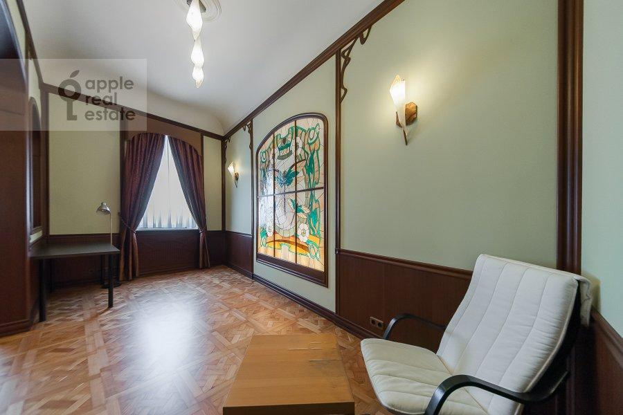 Гостиная в 2-комнатной квартире по адресу Молчановка Малая ул. 4