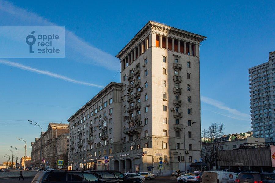 Photo of the house of the 2-room apartment at Novinskiy bul'v. 12