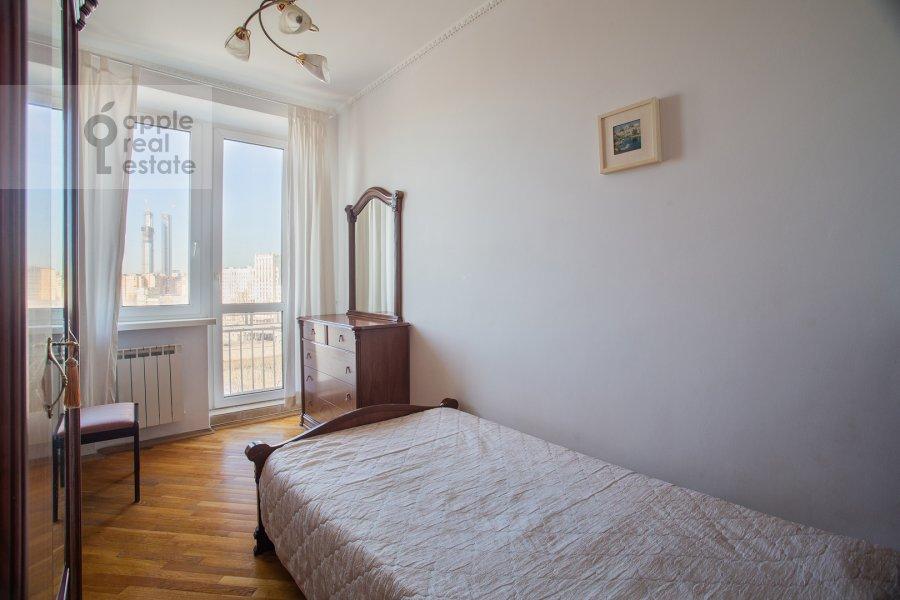 Детская комната / Кабинет в 3-комнатной квартире по адресу Ростовская наб. 3