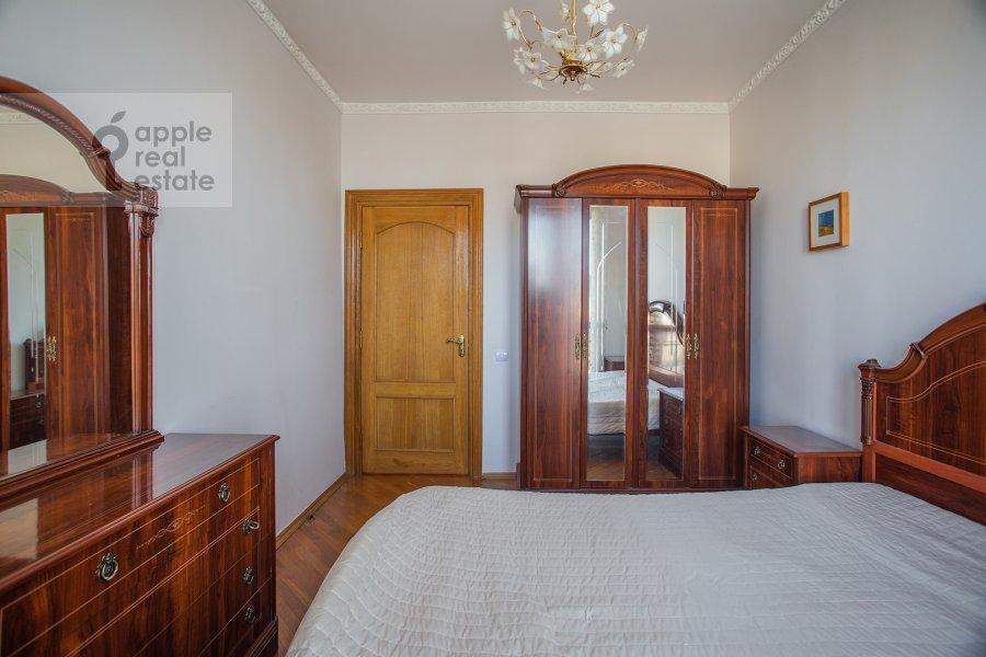 Спальня в 3-комнатной квартире по адресу Ростовская наб. 3
