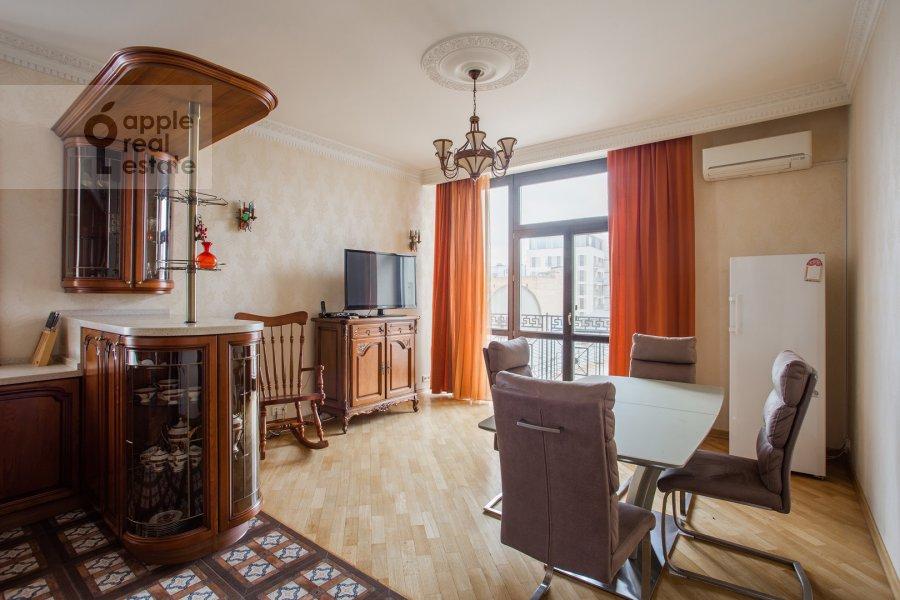 Кухня в 4-комнатной квартире по адресу Подсосенский пер. 3к3