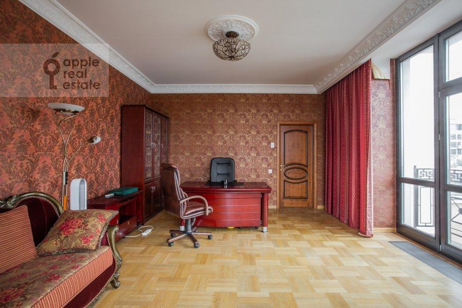 Детская комната / Кабинет в 4-комнатной квартире по адресу Подсосенский пер. 3к3