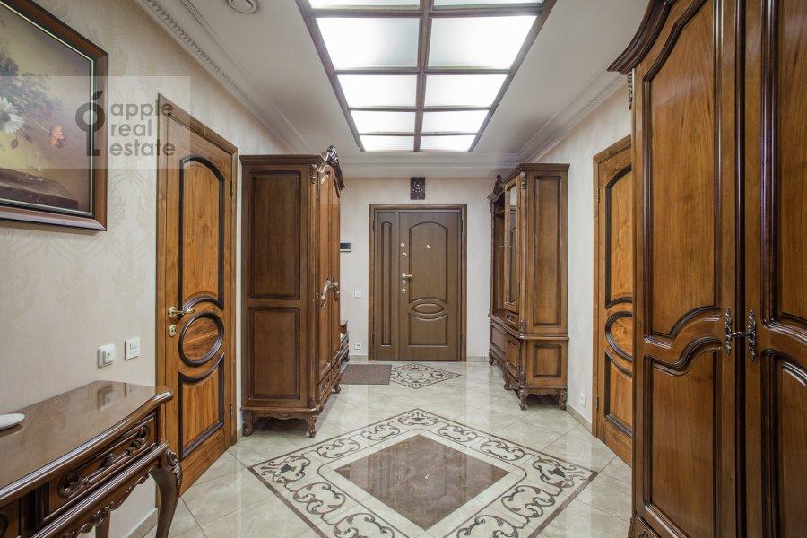 Коридор в 4-комнатной квартире по адресу Подсосенский пер. 3к3