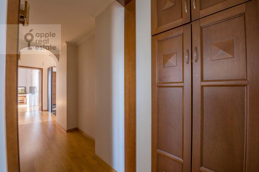 Corridor of the 3-room apartment at Smolenskaya naberezhnaya 5/13
