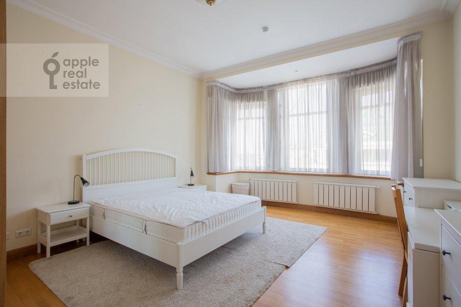 Bedroom of the 6-room apartment at 3-ya Tverskaya-Yamskaya ulitsa 44