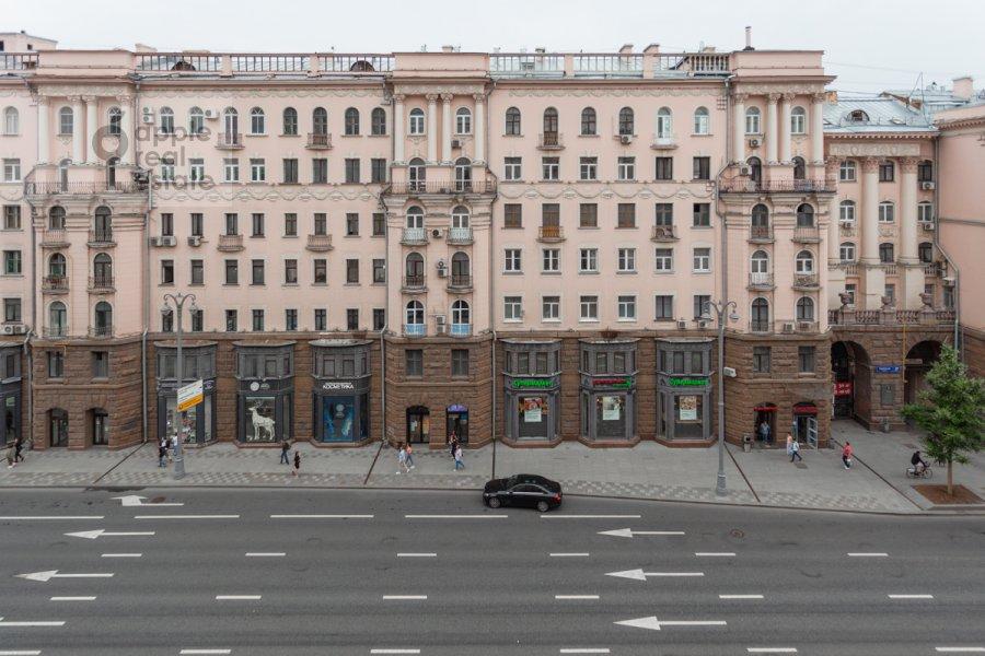 Вид из окна в 3-комнатной квартире по адресу Тверская ул. 28к1