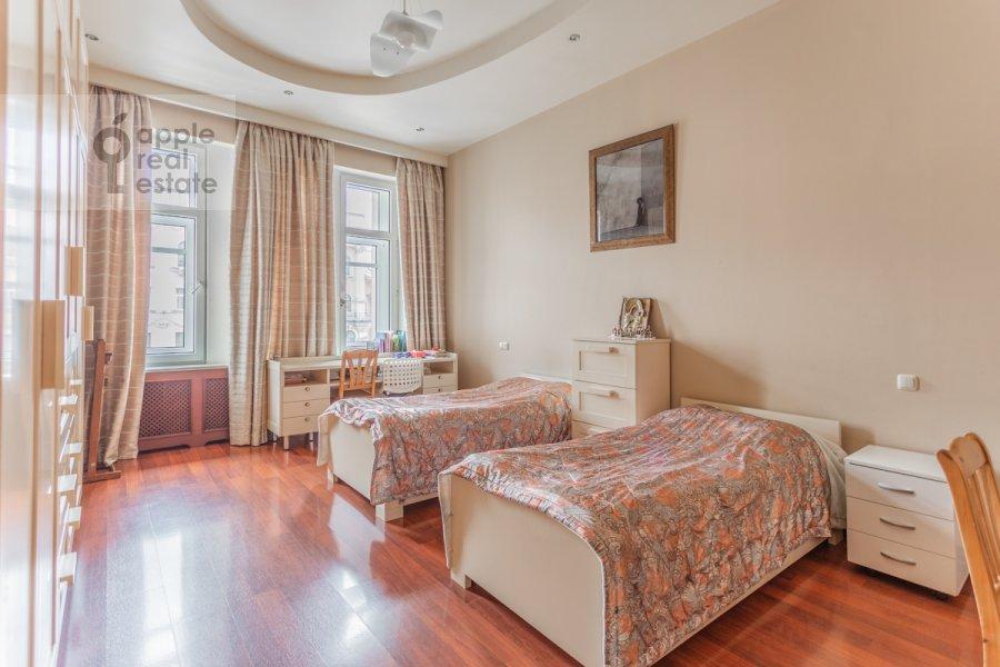 Спальня в 3-комнатной квартире по адресу Тверская ул. 28к1