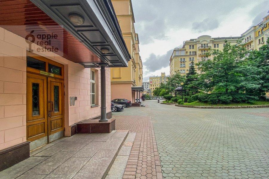 Фото дома 3-комнатной квартиры по адресу Тверская ул. 28к1