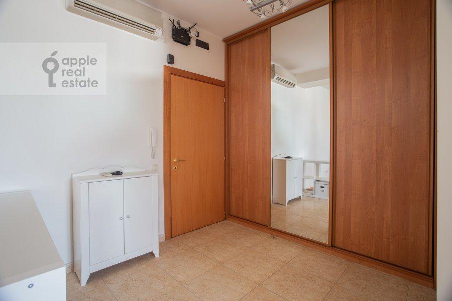 Corridor of the 3-room apartment at Dmitrovka Malaya ul. 15