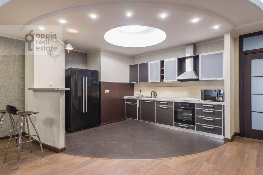 Кухня в 3-комнатной квартире по адресу Вернадского пр-т. 92к1