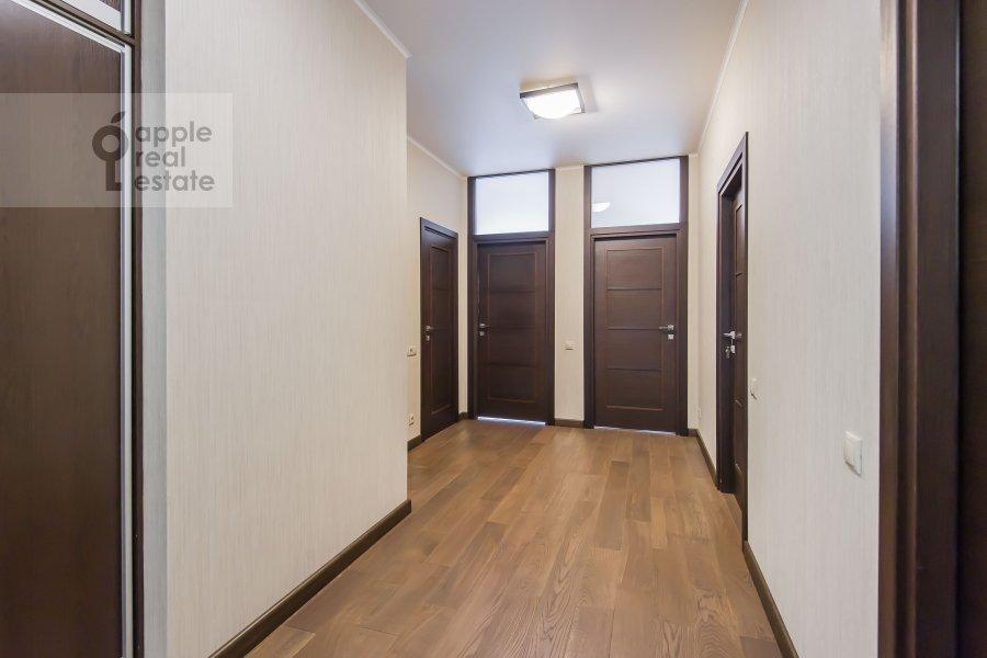 Коридор в 3-комнатной квартире по адресу Вернадского пр-т. 92к1