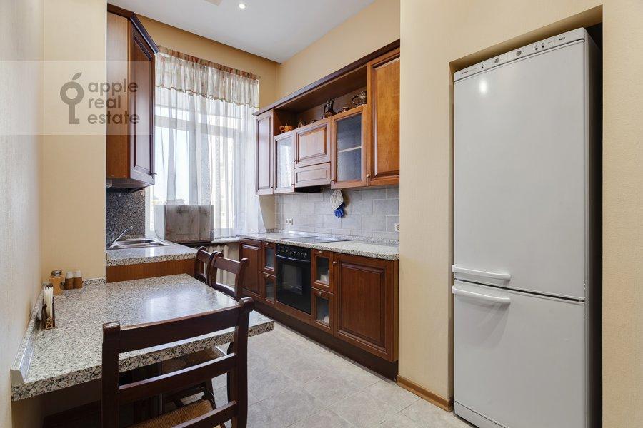 Kitchen of the 4-room apartment at Serafimovicha ul. 2