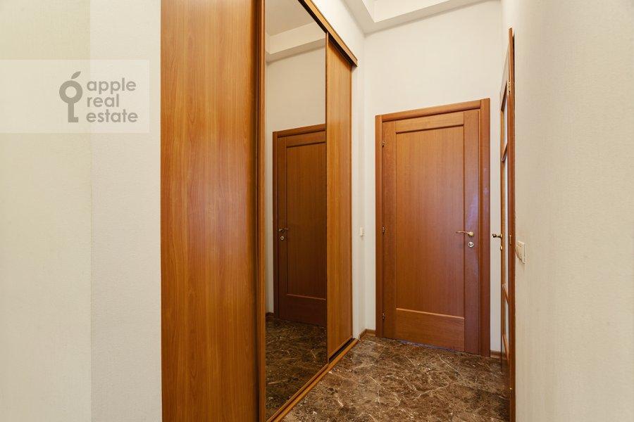 Corridor of the 4-room apartment at Serafimovicha ul. 2