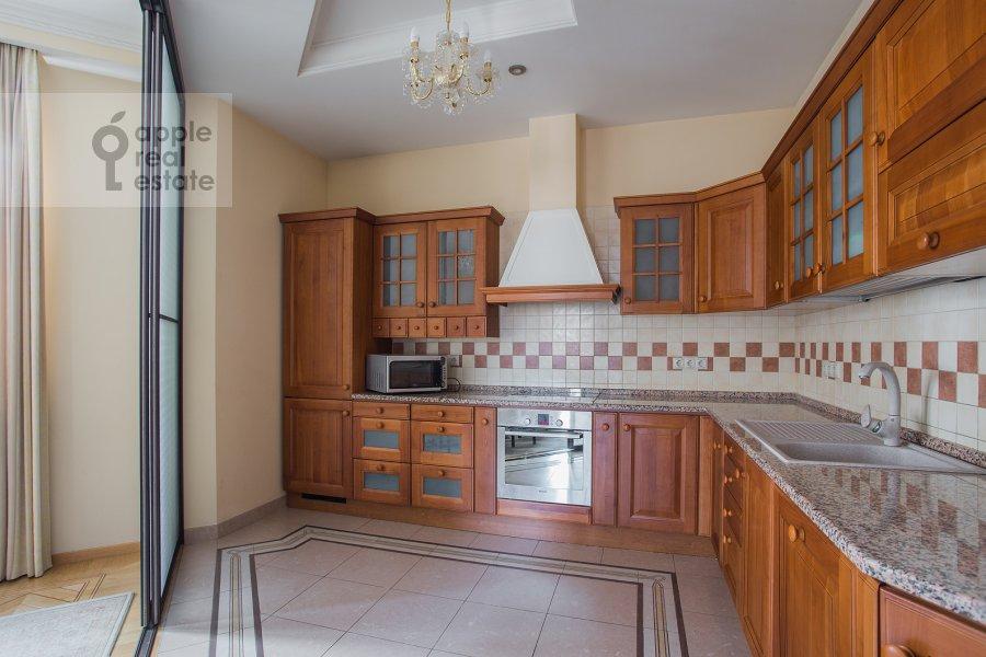 Кухня в 4-комнатной квартире по адресу Тверская-Ямская 4-я ул. 22к2