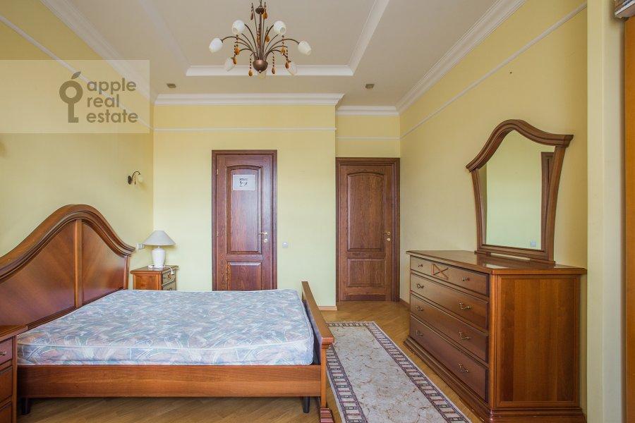 Спальня в 4-комнатной квартире по адресу Тверская-Ямская 4-я ул. 22к2
