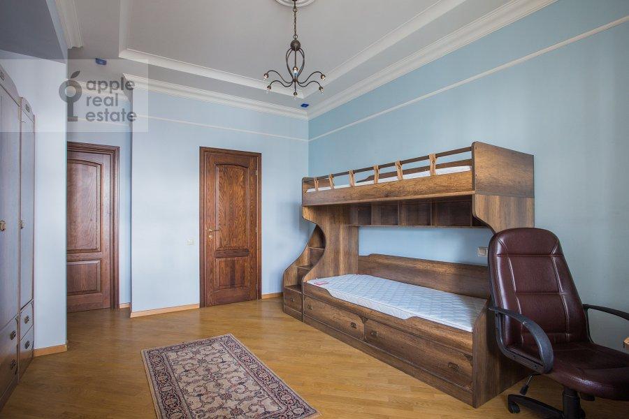 Детская комната / Кабинет в 4-комнатной квартире по адресу Тверская-Ямская 4-я ул. 22к2