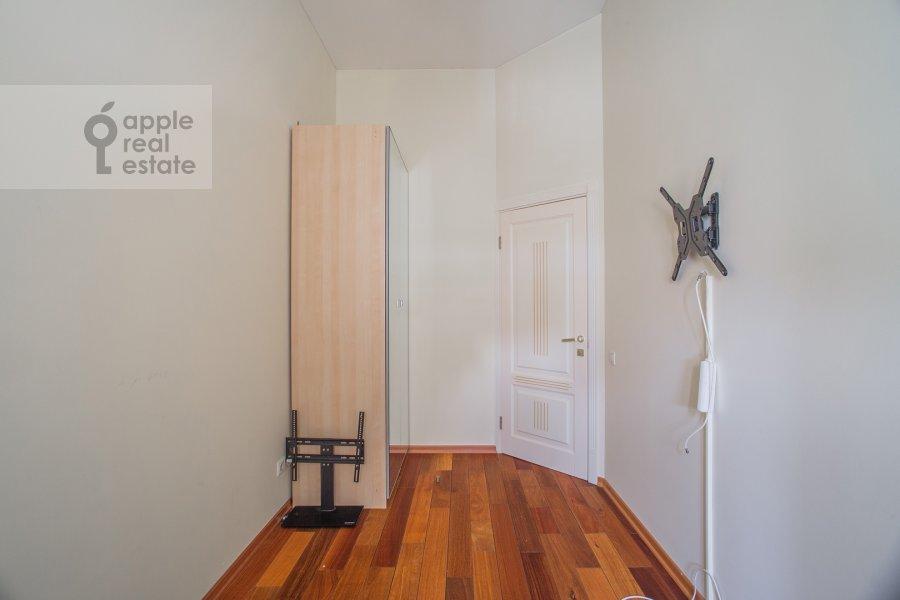 Children's room / Cabinet of the 3-room apartment at Arbat 51s1