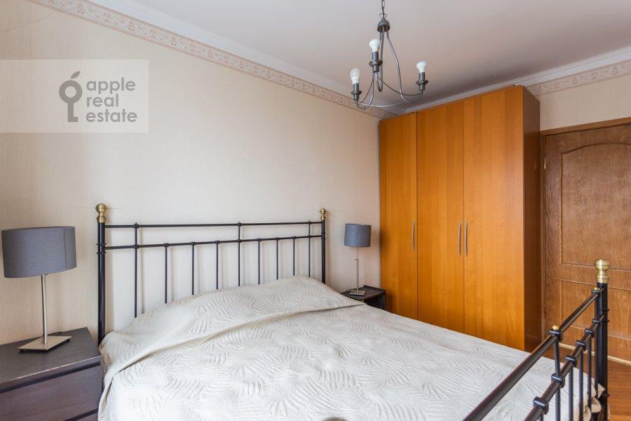 Спальня в 2-комнатной квартире по адресу Смоленская ул. 10