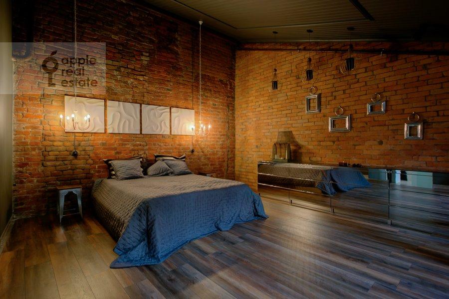 Спальня в 2-комнатной квартире по адресу Староконюшенный переулок 33