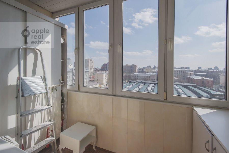 Балкон / Терраса / Лоджия в 4-комнатной квартире по адресу Лесная ул. 45