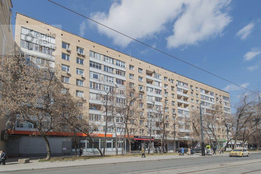 Фото дома 4-комнатной квартиры по адресу Лесная ул. 45