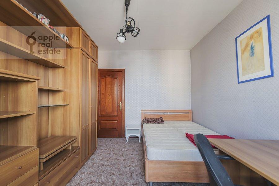Детская комната / Кабинет в 4-комнатной квартире по адресу Лесная ул. 45