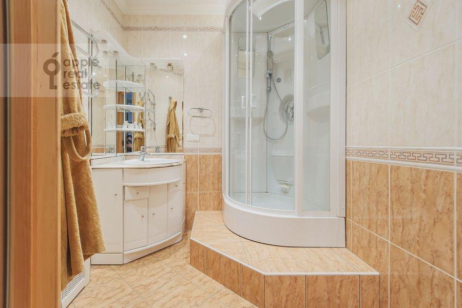 Санузел в 5-комнатной квартире по адресу Минская ул. 1А