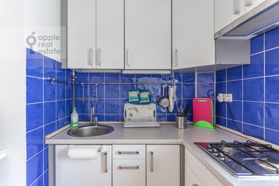 Kitchen of the 3-room apartment at Tverskaya ulitsa 6s3
