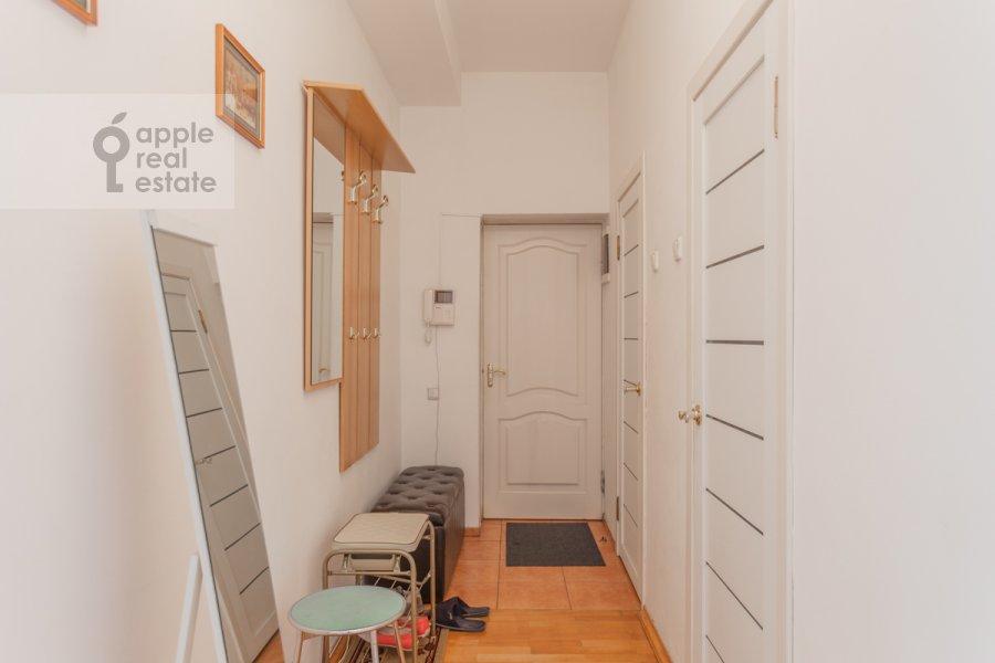 Corridor of the 3-room apartment at Tverskaya ulitsa 6s3