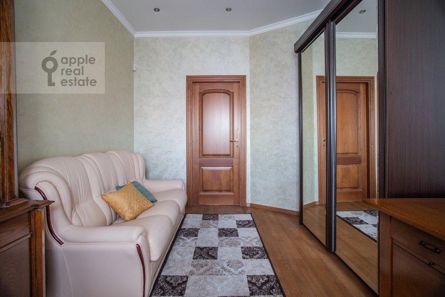 Детская комната / Кабинет в 3-комнатной квартире по адресу Арбат ул. 51с1
