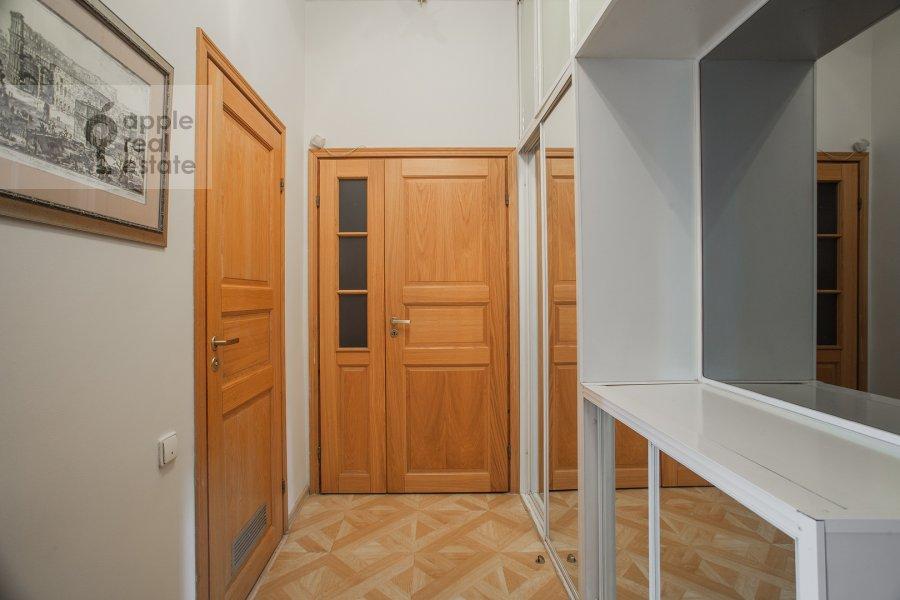 Corridor of the 3-room apartment at Bronnaya Malaya ul. 13