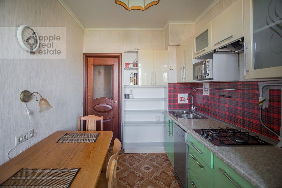 Kitchen of the 4-room apartment at Nikitskiy bul'v. 17