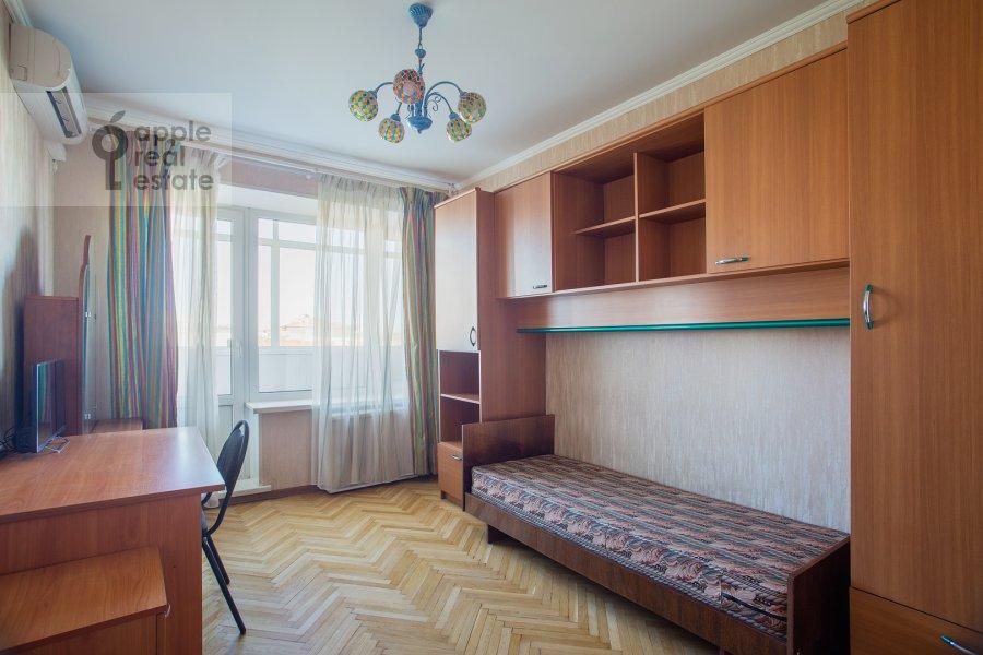 Children's room / Cabinet of the 4-room apartment at Nikitskiy bul'v. 17