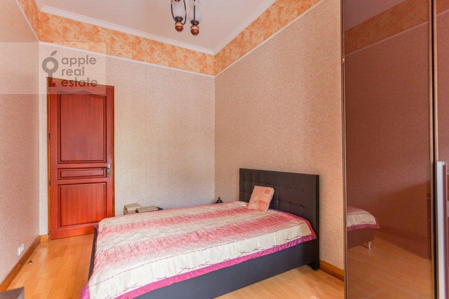 Спальня в 4-комнатной квартире по адресу Армянский пер. 7