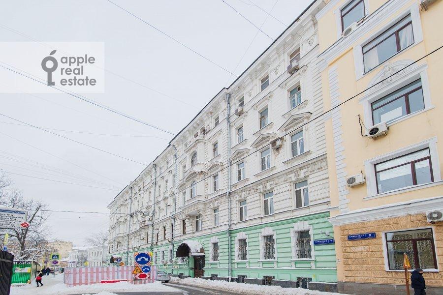 Фото дома 4-комнатной квартиры по адресу Армянский пер. 7