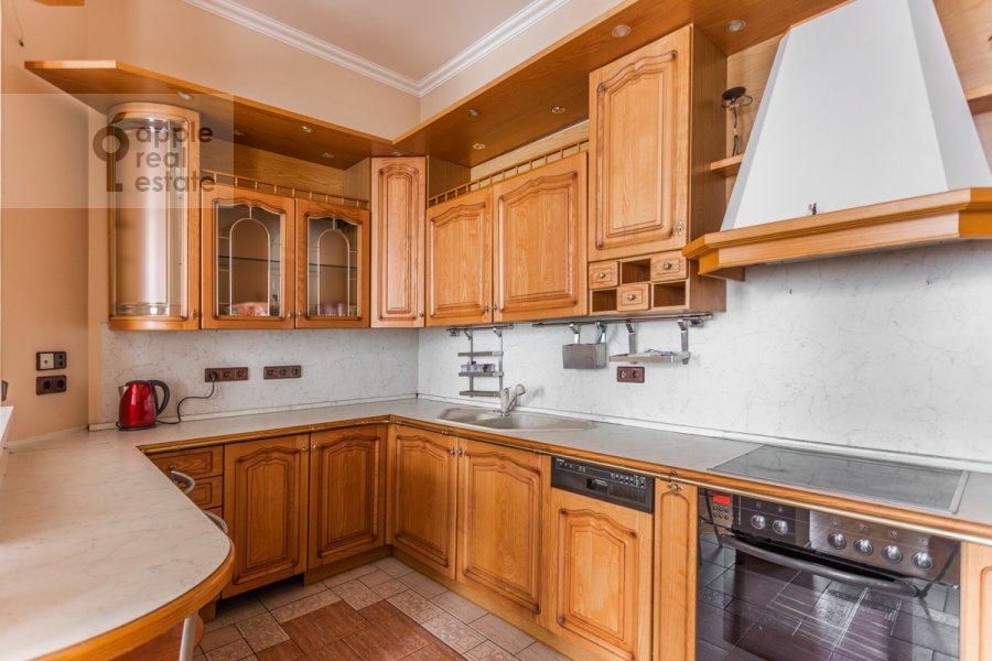 Кухня в 4-комнатной квартире по адресу Армянский пер. 7