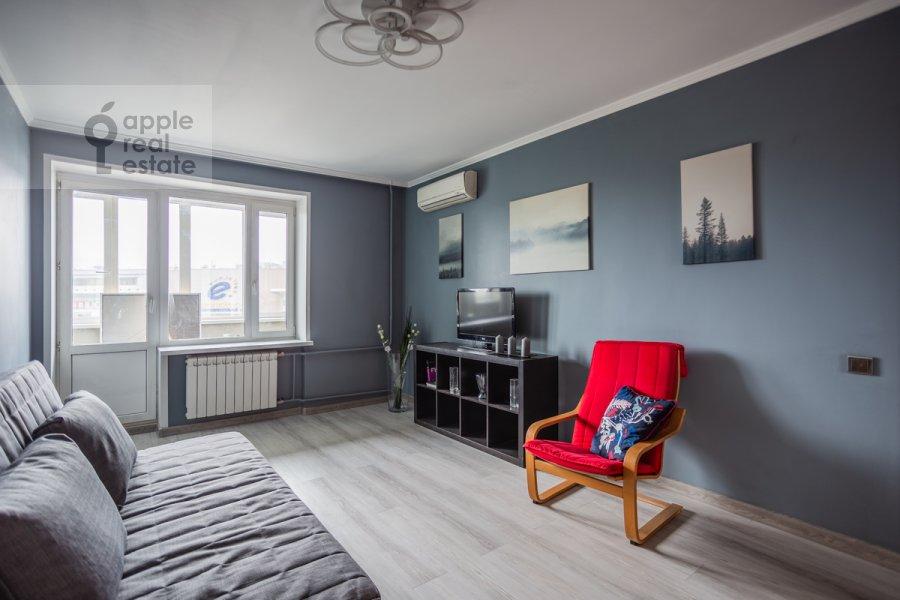 Living room of the 2-room apartment at Bol'shaya Dorogomilovskaya ulitsa 8