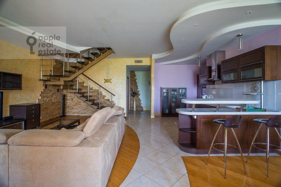 Гостиная в 3-комнатной квартире по адресу Минская ул. 1Гк2