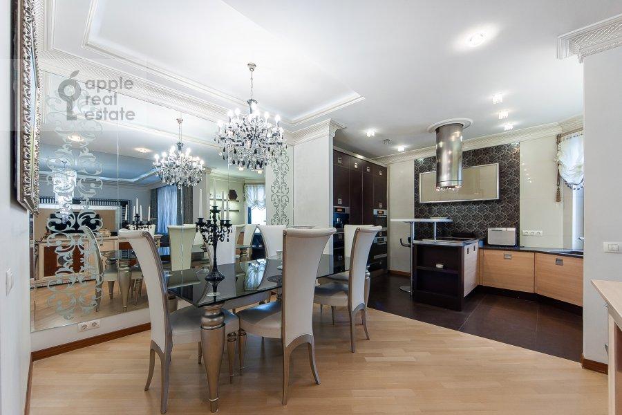 Kitchen of the 4-room apartment at Davydkovskaya ulitsa 16