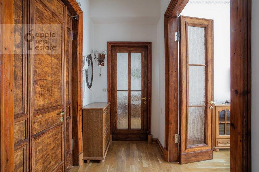 Corridor of the 2-room apartment at Kudrinskaya pl. 1