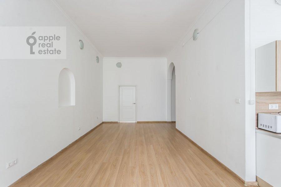 Гостиная в 6-комнатной квартире по адресу Мясницкая улица 15