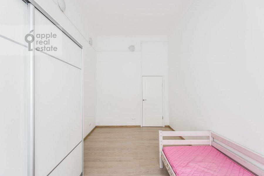 Детская комната / Кабинет в 6-комнатной квартире по адресу Мясницкая улица 15