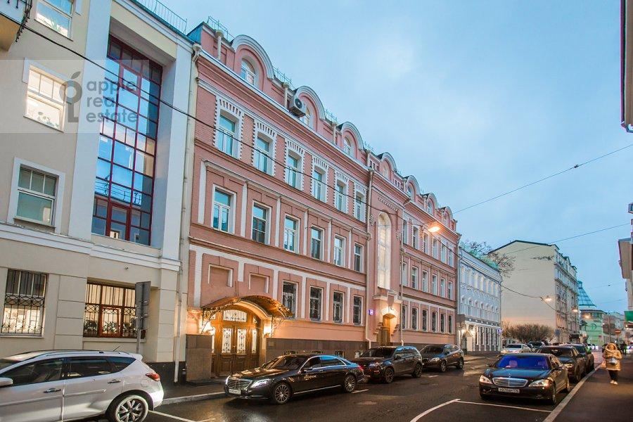 Фото дома 4-комнатной квартиры по адресу Последний пер. 19
