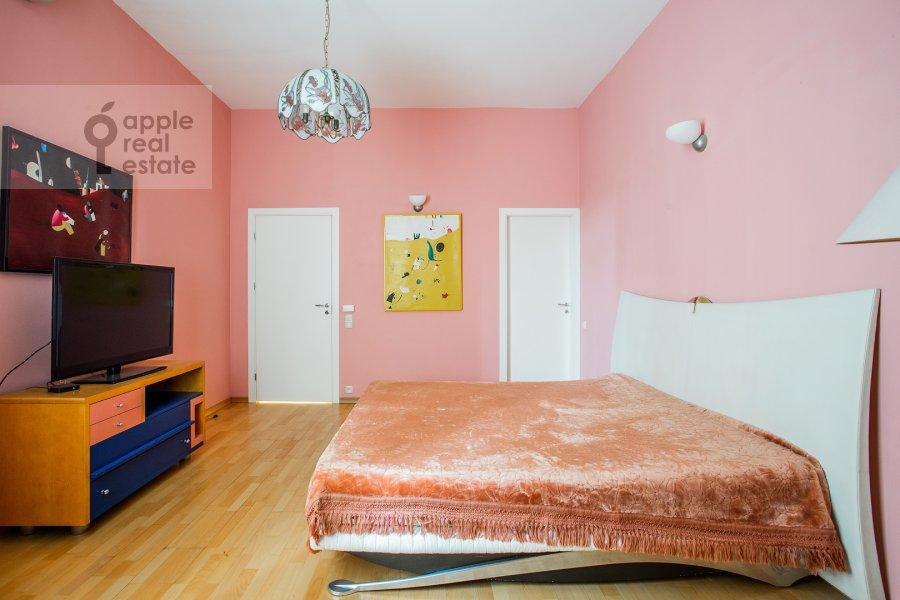 Спальня в 3-комнатной квартире по адресу Малый Левшинский переулок 7