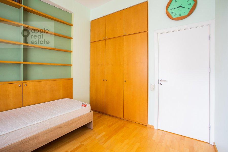 Детская комната / Кабинет в 3-комнатной квартире по адресу Малый Левшинский переулок 7